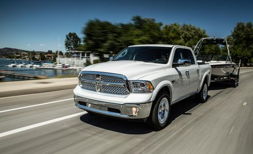 2014-ram-1500-ecodiesel-laramie-photo-541413-s-520x318